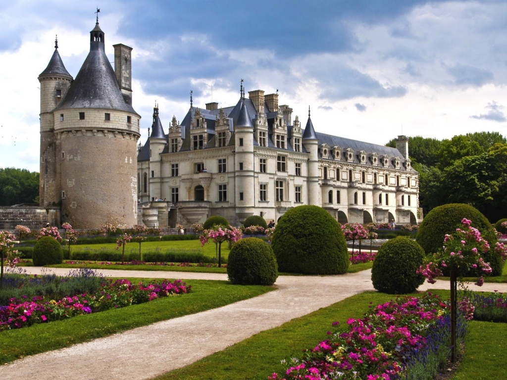 Castle-of-Chenonceau.jpg